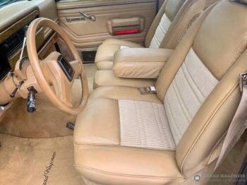 1987 Jeep Grand Wagoneer full