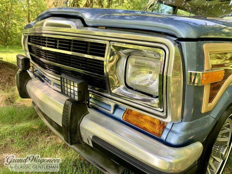 1989 Jeep Grand Wagoneer full