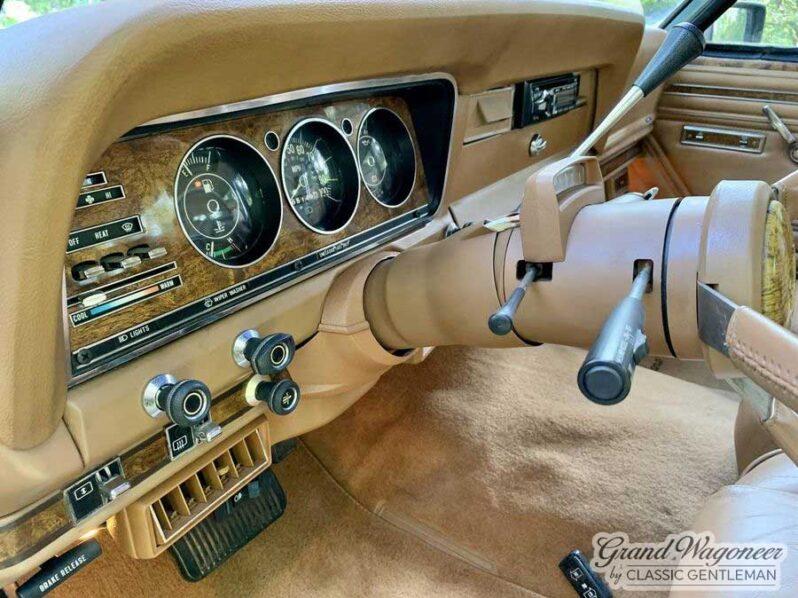 1985 Jeep Grand Wagoneer full
